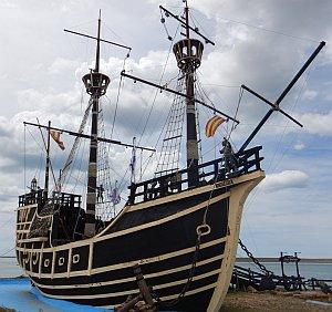 Nao Victoria Magellanschiff